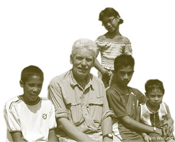 Dieter Bartels with group of children